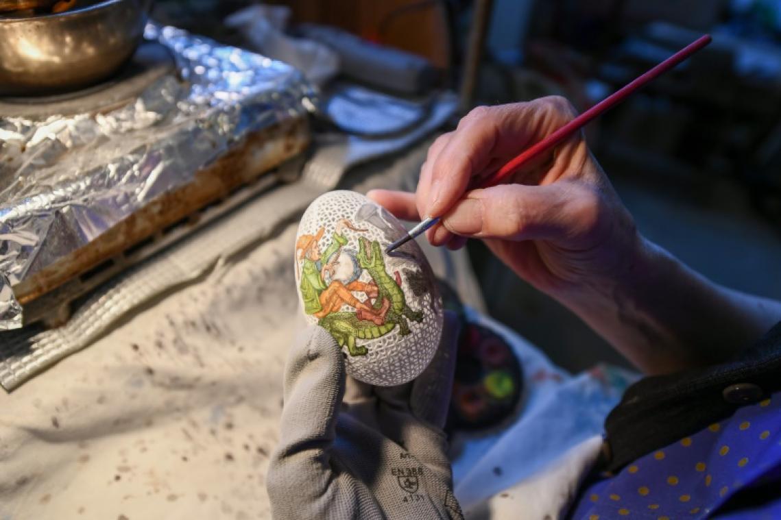 La peinture d'art sur œufs, tradition hongroise bien vivante