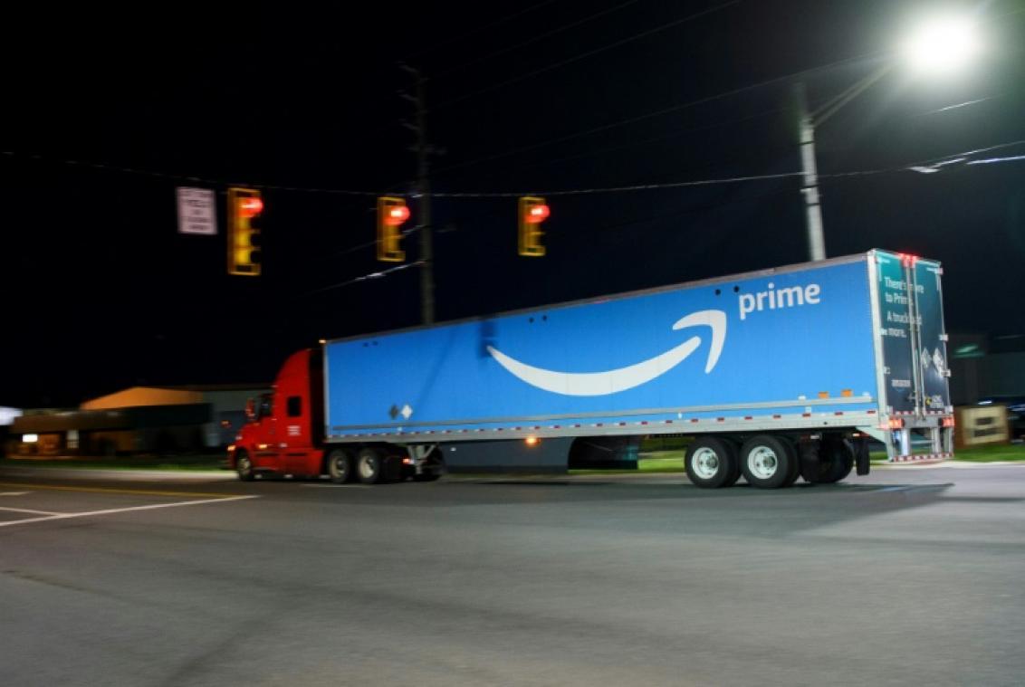 Une coalition de petites entreprises américaines veut briser le monopole d'Amazon