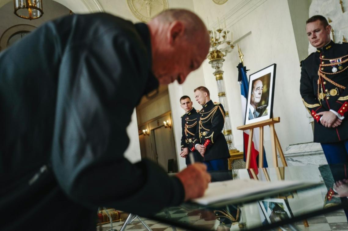 Quelle est la différence entre un hommage national et un hommage populaire ?