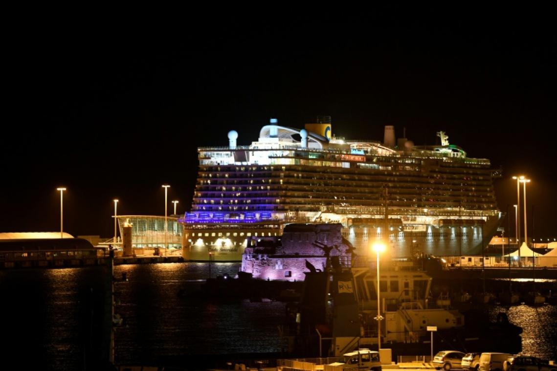 7000 personnes bloquées à bord d'un navire de croisière en Italie — Coronavirus