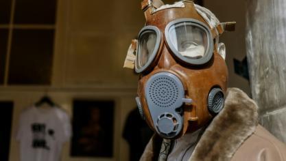 Virus : l'Europe tancée par l'OMS, nouvelles restrictions en France et au Canada