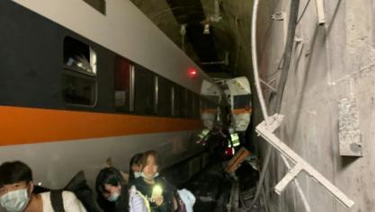 Déraillement d'un train à Taïwan: des dizaines de personnes seraient décédées