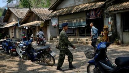 Dans un village de Thaïlande, l'arrivée de réfugiés birmans ravive de mauvais souvenirs