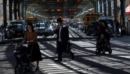 A New York, la pandémie pousse des juifs orthodoxes à quitter leur communauté