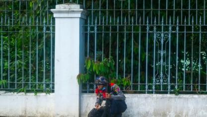Birmanie: l'ambassadeur à Londres évincé, affrontements meurtriers dans le centre du pays