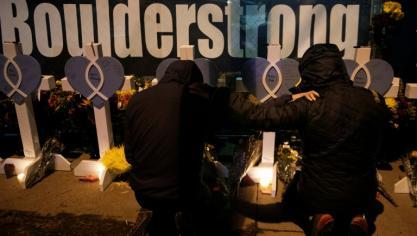 """Biden dévoile un plan limité contre l'""""épidémie"""" de la violence des armes à feu"""