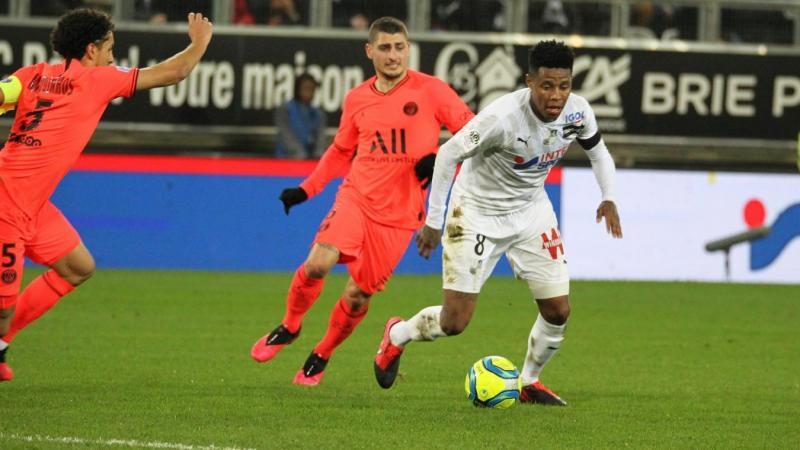 Avant l'arrêt du championnat, l'Amiens SC, avec Zungu, avait notamment tenu en échec le Paris SG de Verratti à l'issue d'un match spectaculaire (4-4).