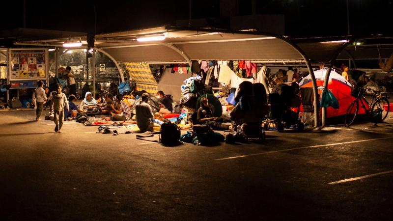 Un campement de réfugiés sur le parking d'un supermarché, sur l'île de Lesbos, ce 13 septembre 2020