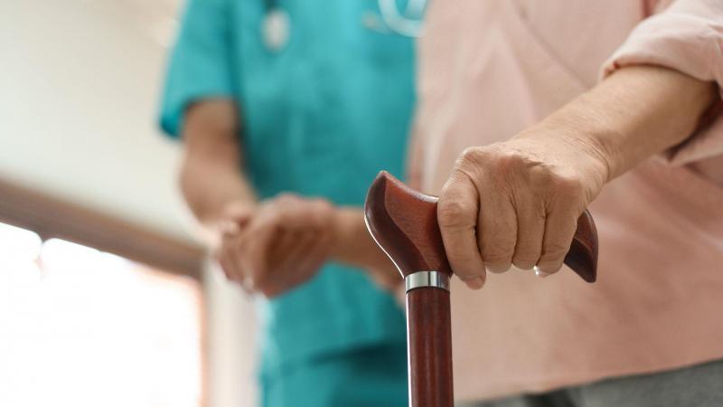L'ostéoporose n'est pas une fatalité, on peut la prévenir et réduire les risques de fractures.