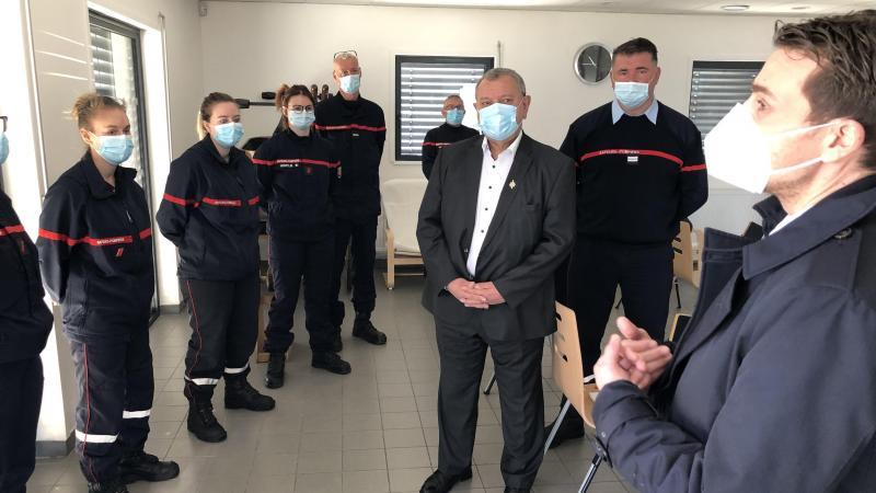 Lui-même ancien pompier volontaire, le député du Var Fabien Matras s'est immédiatement trouvé en pays de connaissance avec les volontaires du Val de Somme.