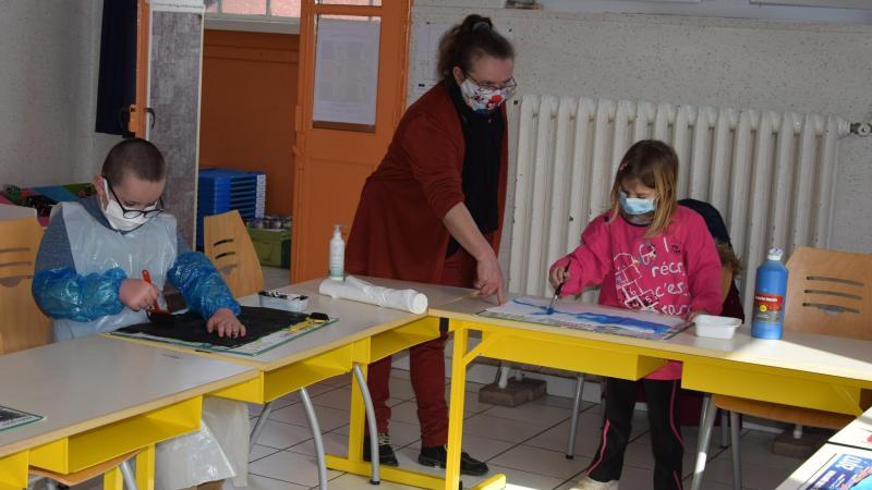 Ateliers peinture pour les plus jeunes enfants.