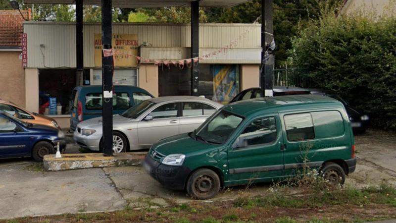 Les clients pouvaient y faire réparer leur voiture, mais le garage n'avait pas les droits pour le faire. (Photo Google Street View).
