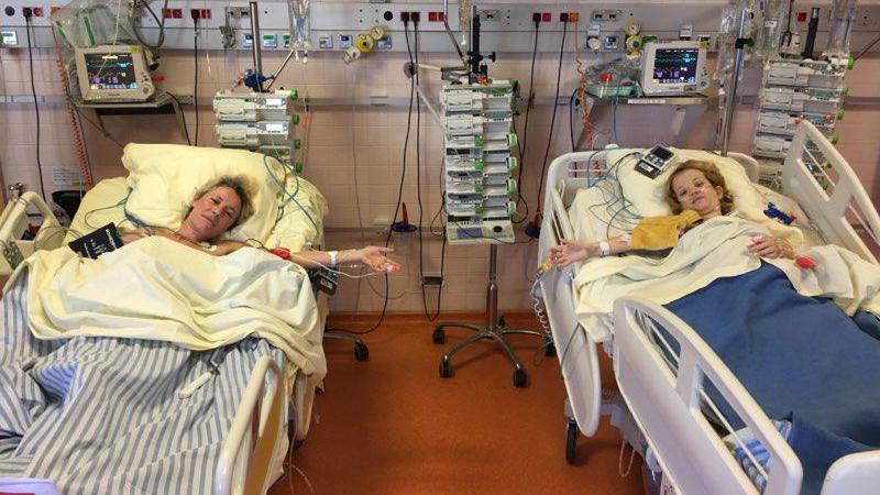 Virginie, à gauche, et Malorie, à droite, en salle de réveil.