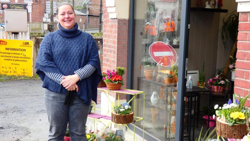 Stéphanie Egret, gérante du magasin Fleurs Halles, espère des jours meilleurs à l'avenir.