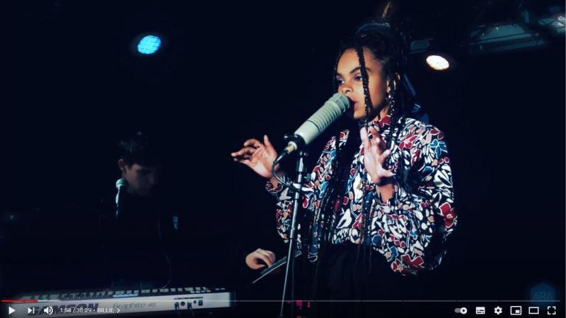 Le duo amiénois Manopolo sera en concert aux Lives de L'Ouvre-Boîte vendredi 19 mars à 19h30 (capture d'écran facebook)