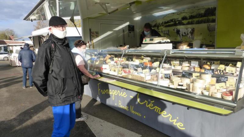 Le marché se tient chaque quatrième dimanche matin du mois.