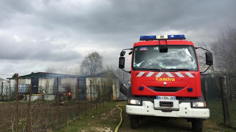 Plusieurs casernes de pompiers ont été déployées.
