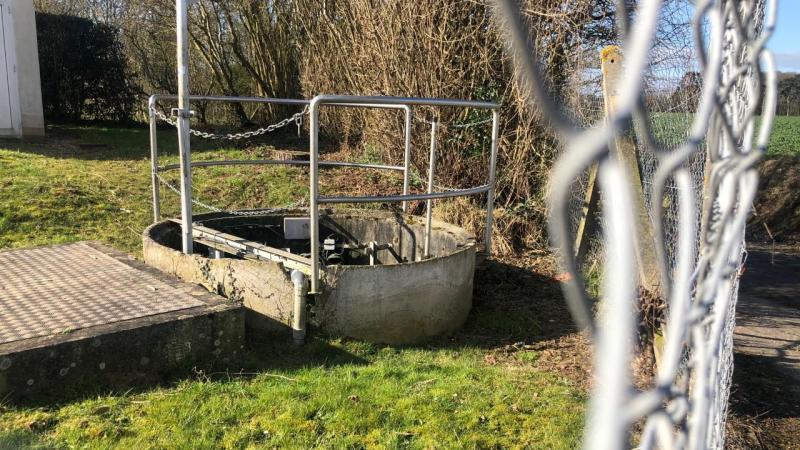 Pour remplacer l'ouvrage actuel, une station d'épuration écologique par filtres plantés de roseaux avait été évoquée mais l'idée a été abandonnée.
