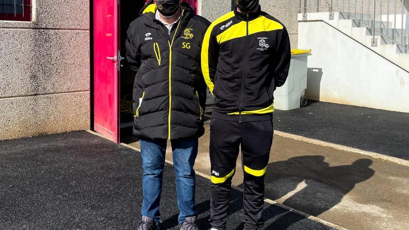 Stéphane Gourle (à gauche) accompagné du nouveau responsable du groupe seniors, Anthony Moreau.