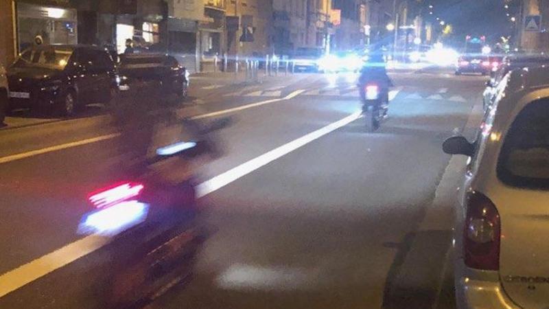 Des motards circulant à Amiens et se rendant sur les lieux de rassemblement à Glisy, au cours d'un week-end de septembre.