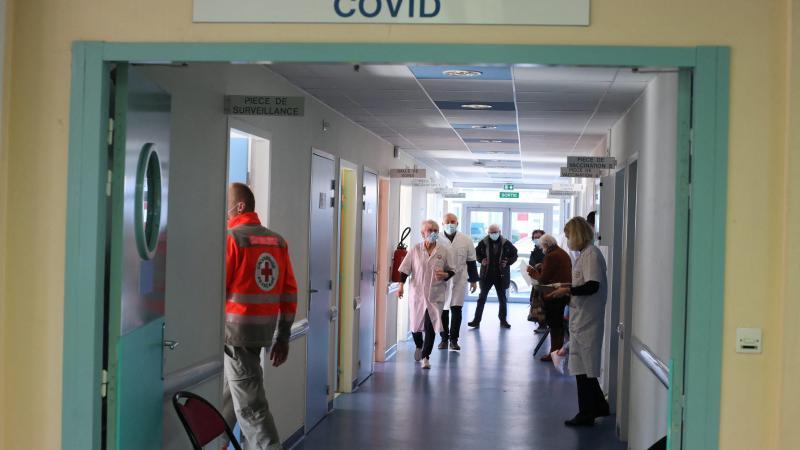 Tous les centres de vaccination, ici celui du CHU Amiens Nord, seront mobilisés d'ici la mise en place d'un possible vaccinodrome à Amiens. (Photo d'archives Dominique TOUCHART)