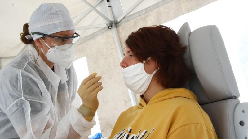 Avec un taux d'incidence dépassant 400 pour 100 000 habitants sur le territoire d'Amiens Métropole, ce secteur n'est pas le plus touché par le nouveau coronavirus dans la Somme, ainsi qu'en Picardie et dans les Hauts-de-France.