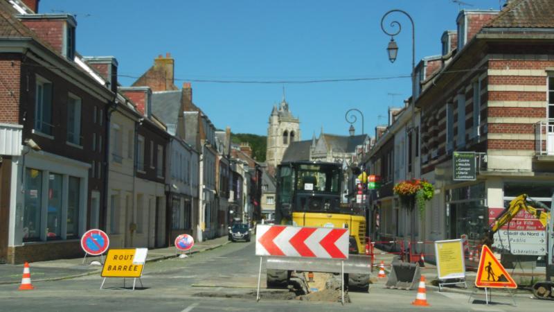 Une déviation sera mise en place par la rue de Cottenchy, la rue Leprince, la rue de Cagny et la rue Caussin de Perceval afin que les travaux de changements de canalisations rue Marcelin-Berthelot puissent être réalisés. (Photo d'illustration)
