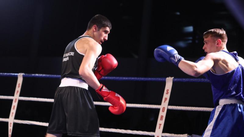 Kamel Guercif (à gauche) est entraîné à l'Amiénois Boxing Club par Jérôme Fouache.