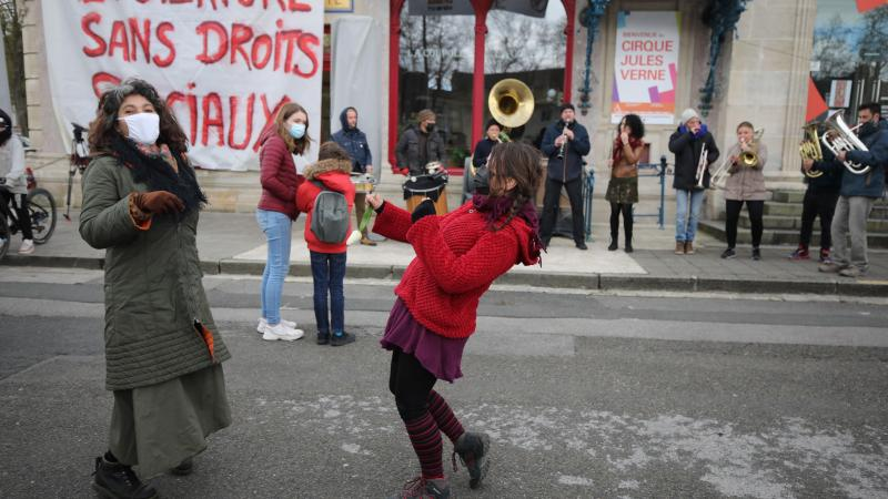 Les manifestants réclament la suppression de la réforme de l'assurance chômage.