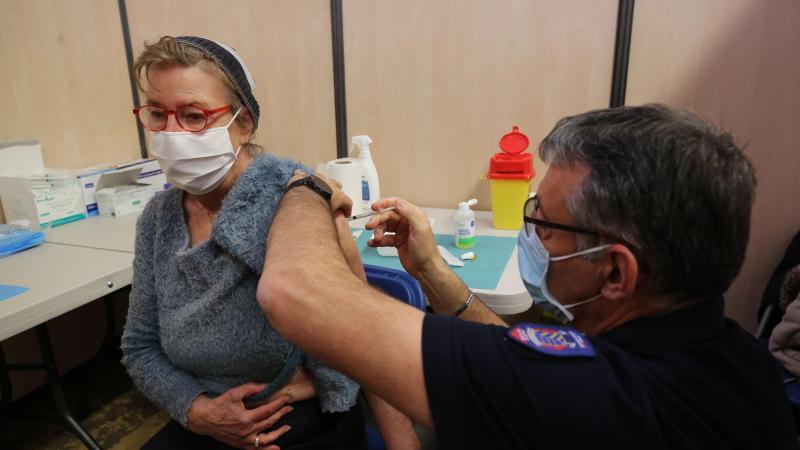Des livraisons supplémentaires ont pour la première fois permis au centre de vaccination de Beauvais de proposer une séquence «vaccination sans rendez-vous» aux plus de 55 ans ce week-end.