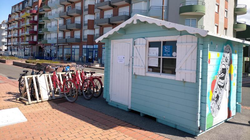 Les locations de vélos et de matériel de glisse sont possible depuis le 10 avril sur l'esplanade de Mers-les-Bains.