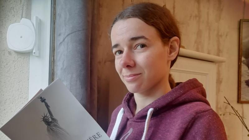 Kathleen Moreira, jeune écrivaine, s'est lancée dans l'écriture de ce roman à l'été 2017.