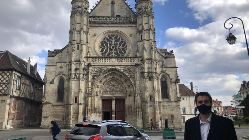 Dans la foulée du nouveau plan de circulation et de la création d'une large zone 30 en centre-ville, le parvis de la rue Saint-Antoine bénéficiera d'un réaménagement.