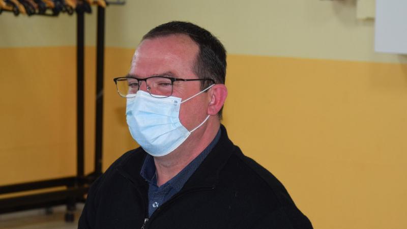 Marc Saintot, maire de Brie, lors de la séance du conseil municipal du 12 avril.