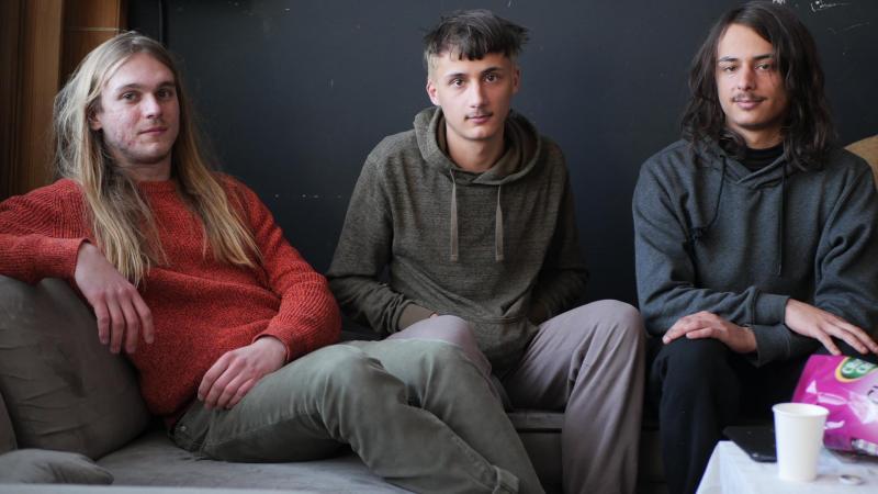 Charles, Mario et Pierre, de Last night we killed pineapple, le 6 mars dernier au studio Ad astra, à Amiens.