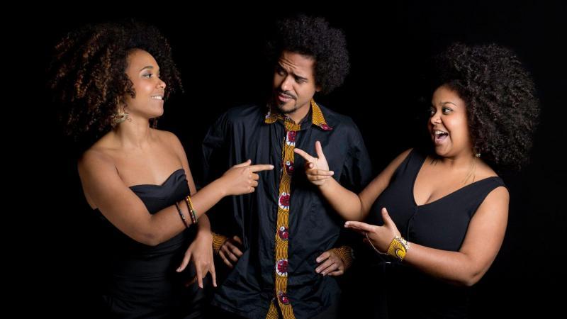 La fratrie de Abraham Réunion, avec le contrebassiste Zacharie, la chanteuse Cynthia et la pianiste Clélya, sera rejointe par le batteur Arnaud Dolmen, samedi à 20h30 (© DR)