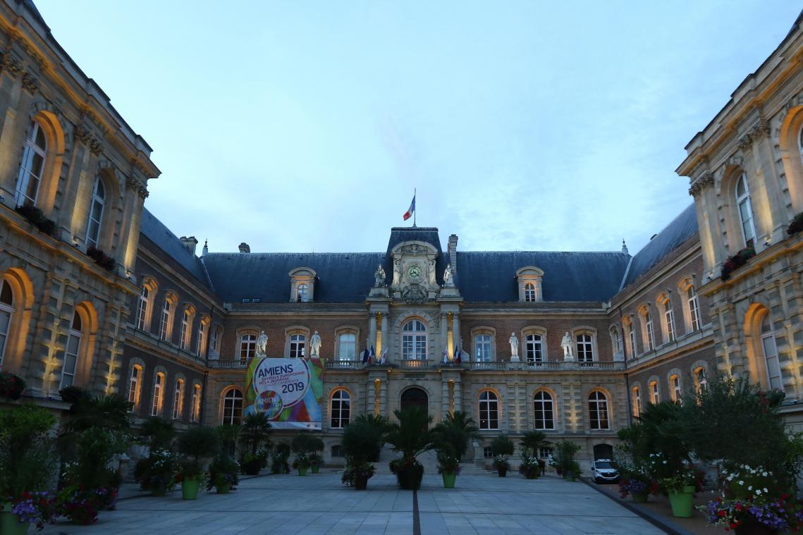 Le tribunal blanchit l'agent de maîtrise d'Amiens accusé d'intimidation