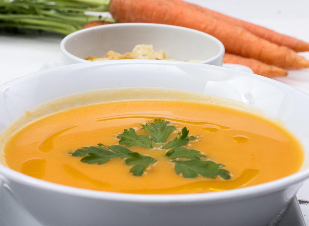 Une soupe périmée consommée et la consommatrice est paralysée