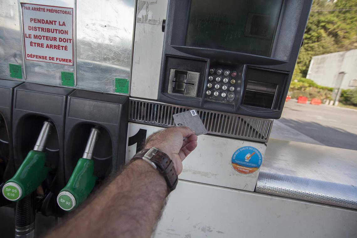 Les prix à la pompe vont-ils augmenter rapidement — Flambée du pétrole