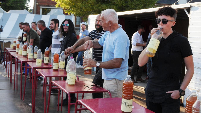 Le Bouche À Oreille Soissons avec 4 litres ingurgités, il remporte le concours du plus