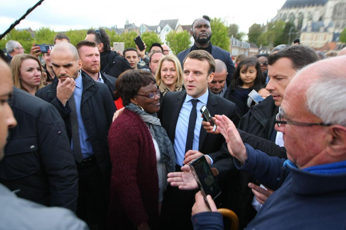 Emmanuel Macron, bousculé chez Whirlpool, assure avoir
