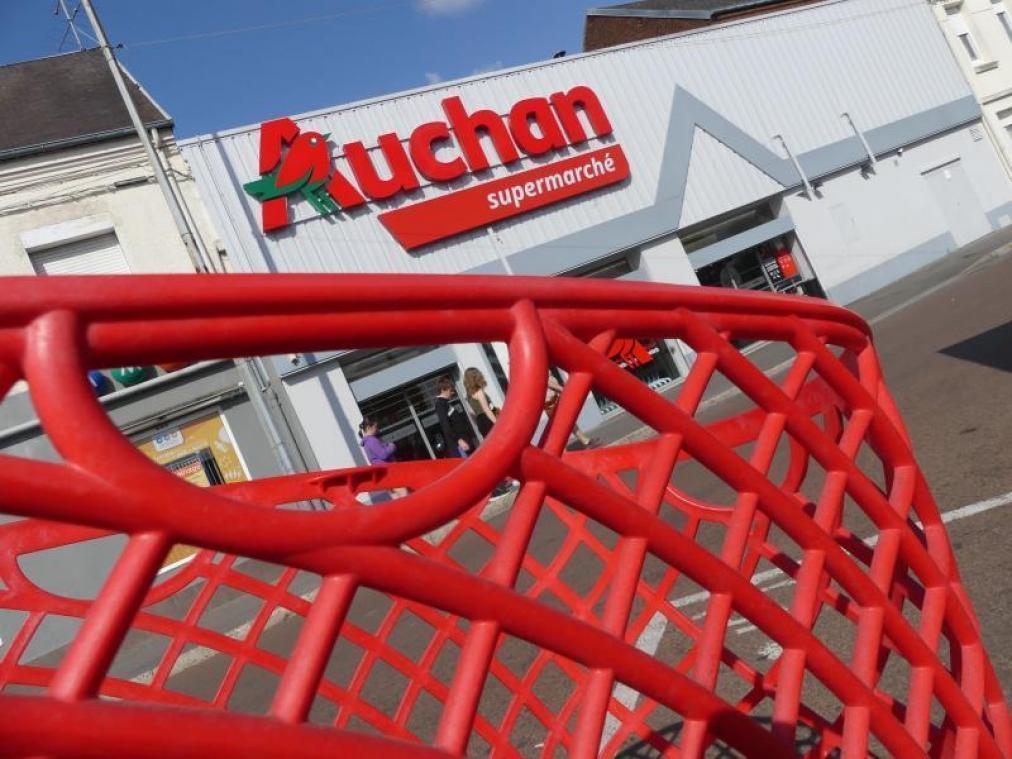 Le groupe pourrait annoncer un plan de départs volontaires mi-janvier — Auchan