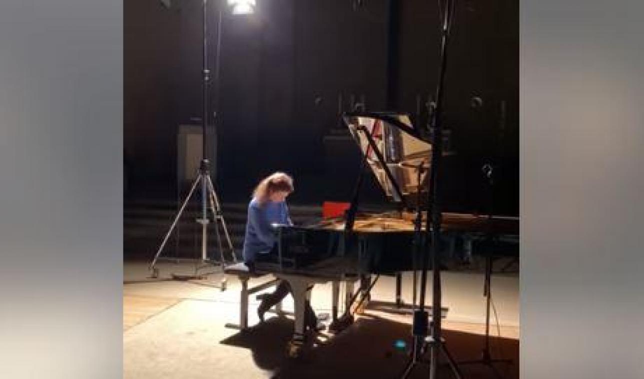 Les déménageurs détruisent le piano unique au monde d'une concertiste