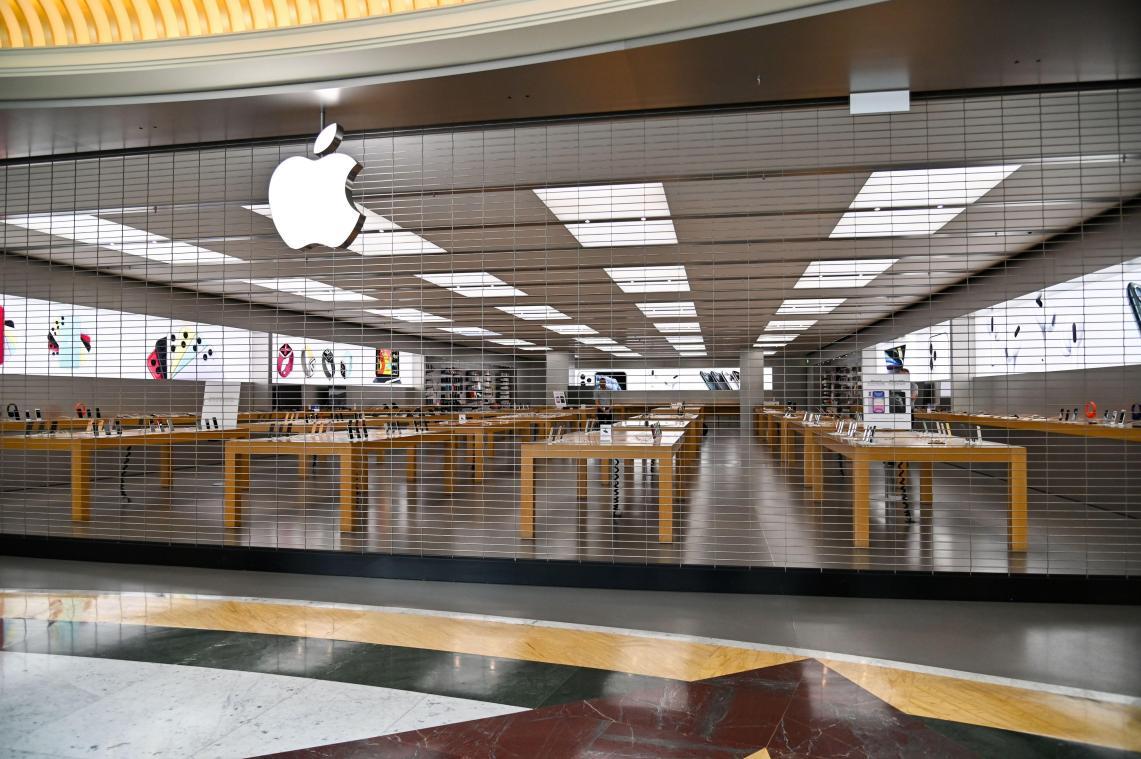 Apple ferme temporairement tous ses magasins en dehors de la Chine — Coronavirus