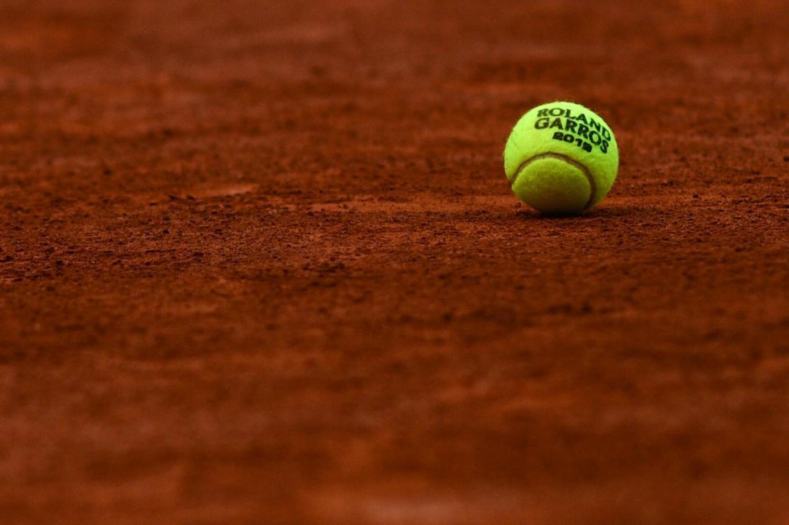 Le stade divisé en trois, 11 500 spectateurs au maximum — Roland-Garros