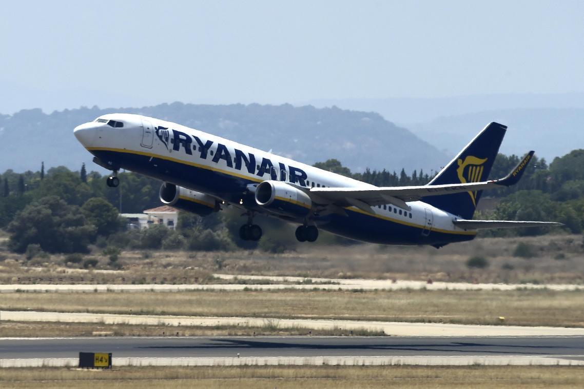 Ryanair réduit ses capacités de vols pour l'hiver et ferme des bases
