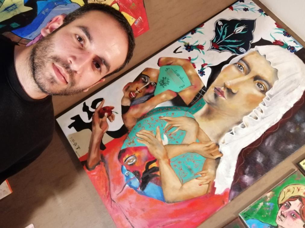 Serhat Tunç autodidacte, apprend chaque jour sur la peinture.