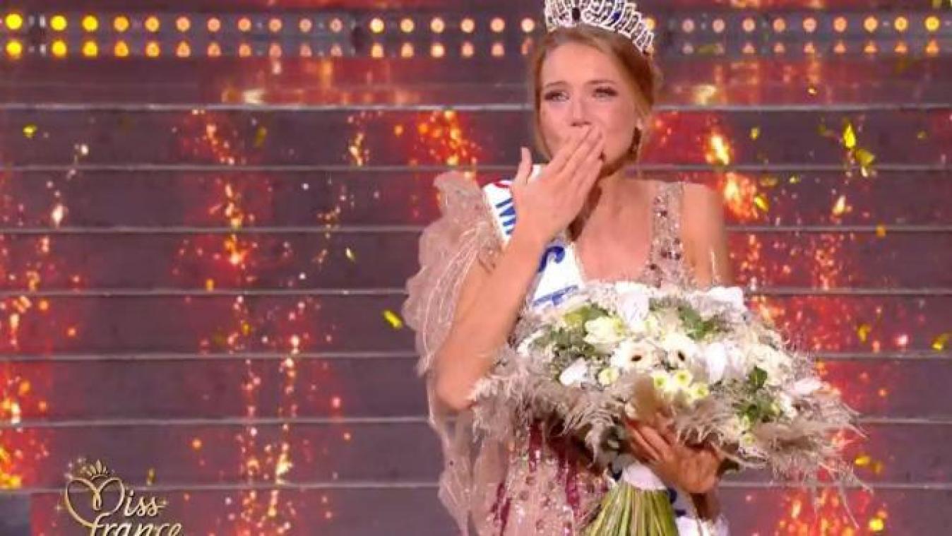 Consternation après des tweets antisémites contre miss Provence — Miss France