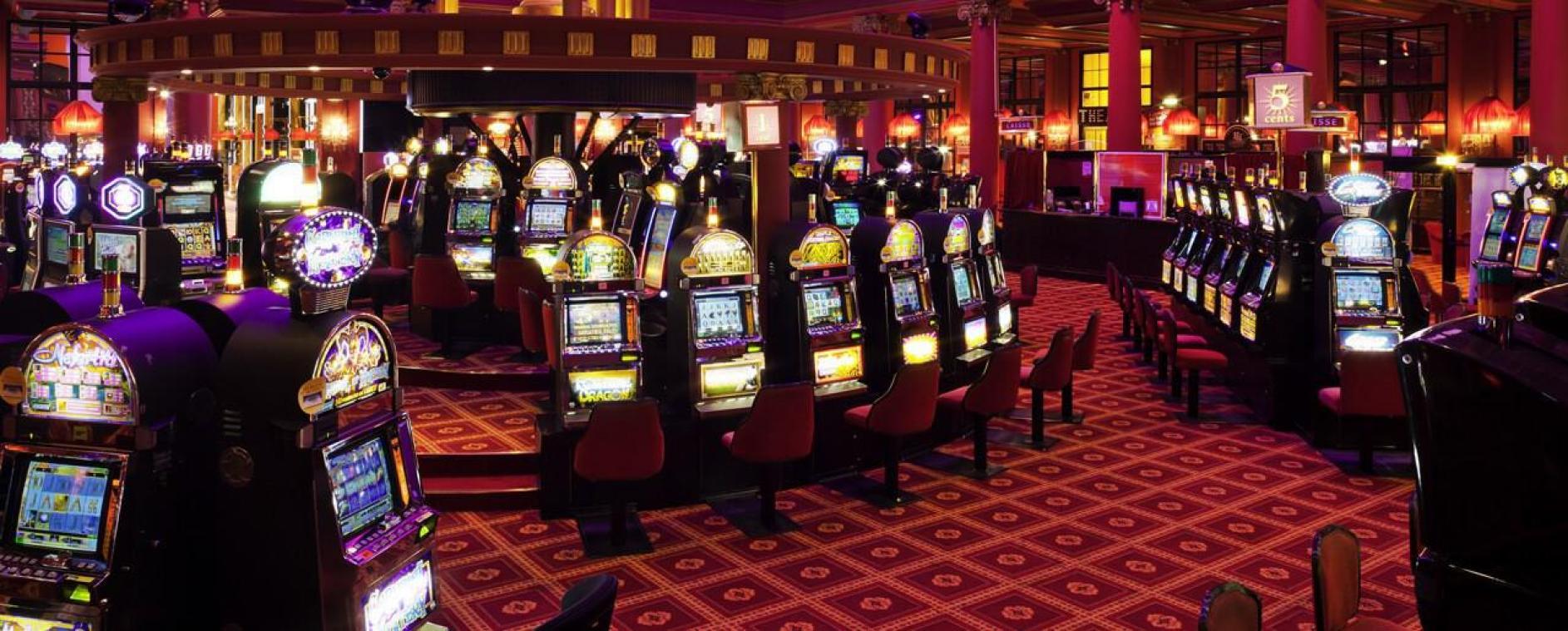 Casinos Barrière: le groupe va licencier « environ 70 salariés », selon FO