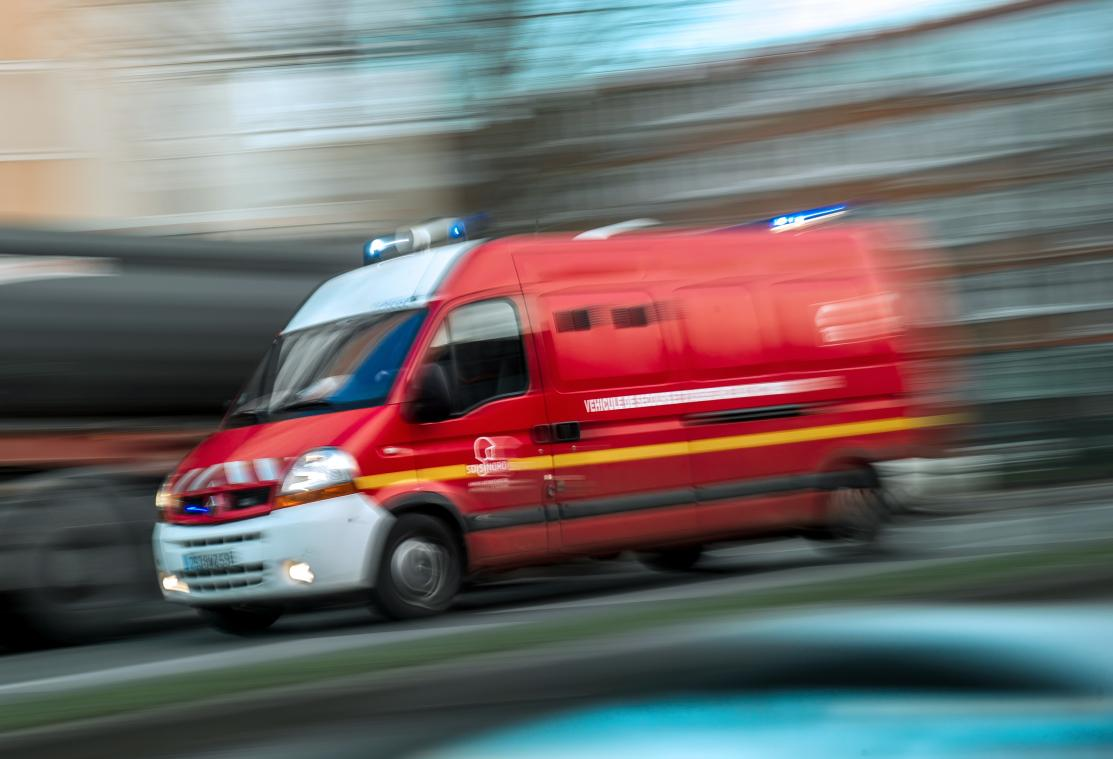 Une quinzaine de pompiers sont intervenus pour tenter de sauver un automobiliste coincé dans sa voiture, immergée dans un bassin de rétention à Sandouville, près du Havre, samedi 16 janvier 2021. (Photo d'illustration : Adobe Stock)